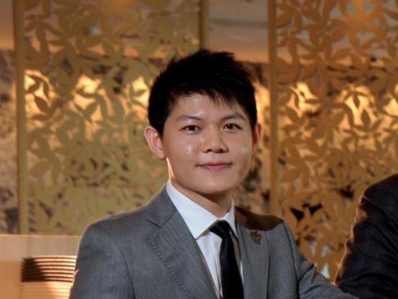 Kurt Wong